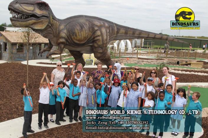 Animatronic T-rex Size : Length 12m , Width 2.3m , Height 4.8m