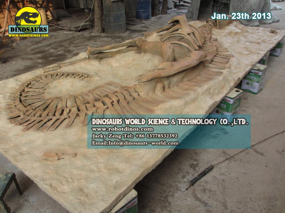 Kids Find Dinosaur Bones In Sand